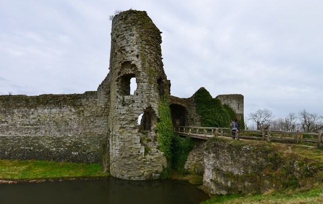 Pevensey Castle Gatehouse