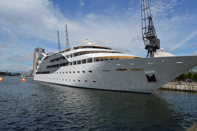 Sunborn Yacht Hotel London Restaurant