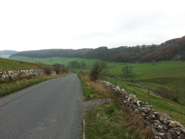 Road down Clapgate Bank