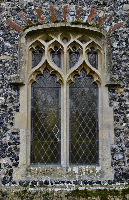 Gissing, St. Mary's Church: Beautiful south nave window