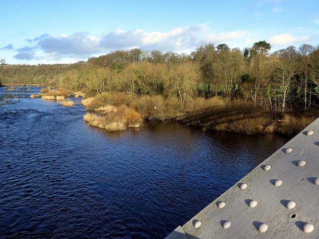 River Tyne above Hagg Bank Bridge