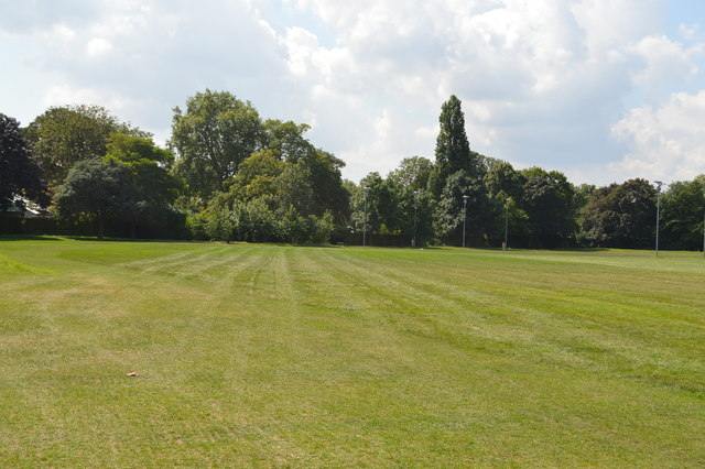 Hurlingham Park  U00a9 N Chadwick Cc 2 0    Geograph