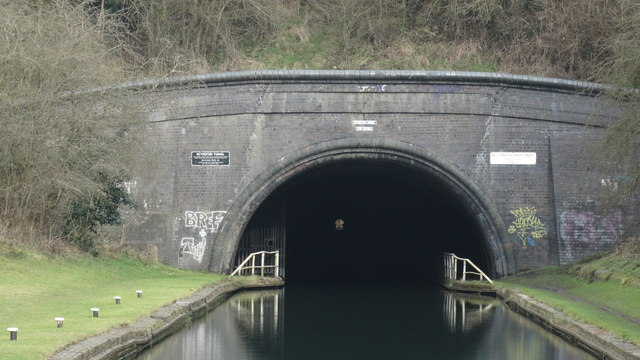 Netherton Canal Tunnel near Dudley - SW portal (close up)