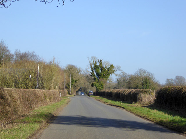 Road from Crawley to A272