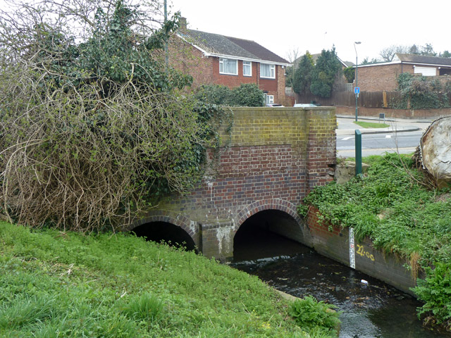 Penhill Road bridge over River Shuttle