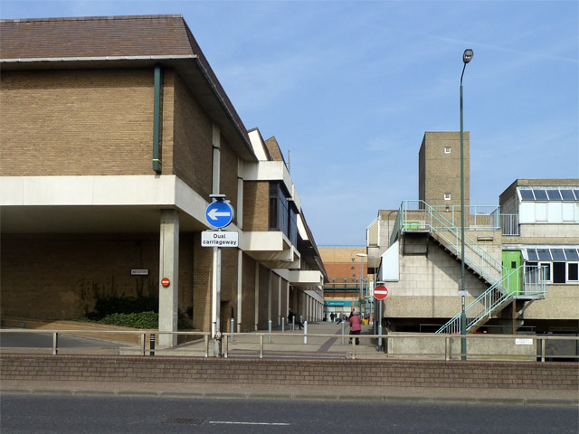 Walkway by Broadway Shopping Centre, Bexleyheath