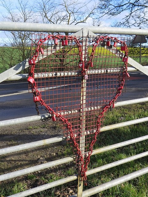 'Love Heart', Hadrian's Wall Path, Eppies Hill