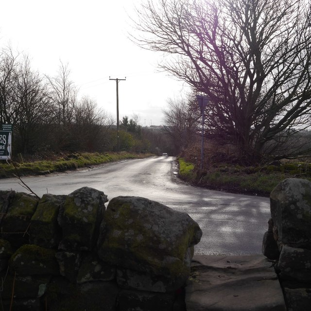Stile, junction of Otley Old Road and Dean Lane