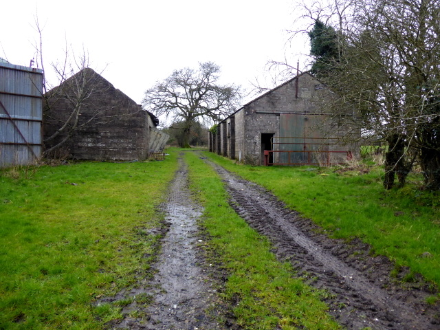 Derelict farm buildings, Mullaghmore