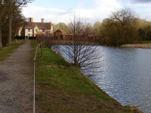 The Lake, Packwood House