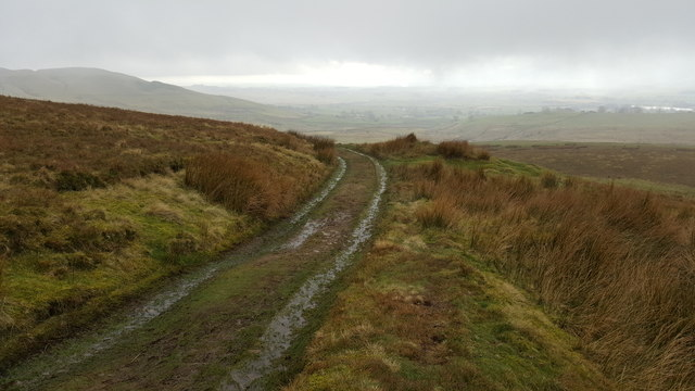 Track that climbs Cross Fell near Pylier's Gap