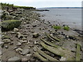TA1025 : Rubble strewn shoreline of the Humber estuary by Mat Fascione
