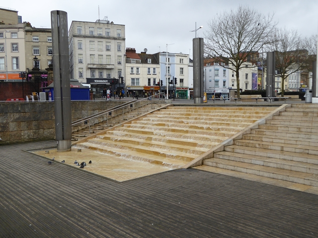 Water feature at Broad Quay