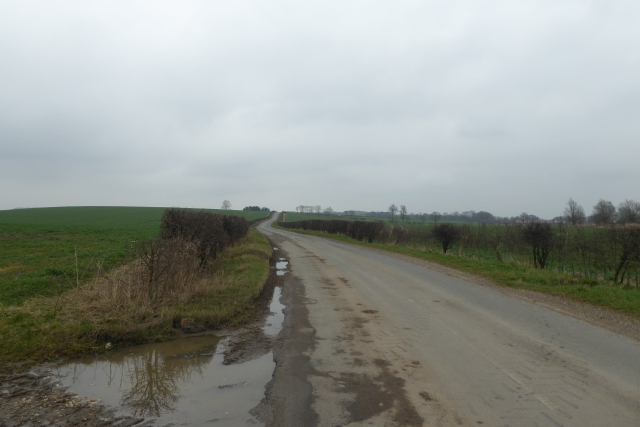 Low Road leading to West Lutton
