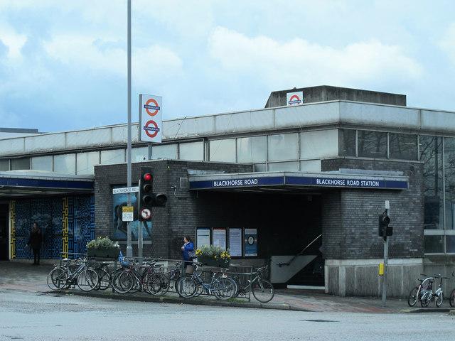 Blackhorse Road tube station - entrance (2)
