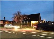 TL0825 : St John's church on Barton Road, Luton by David Howard
