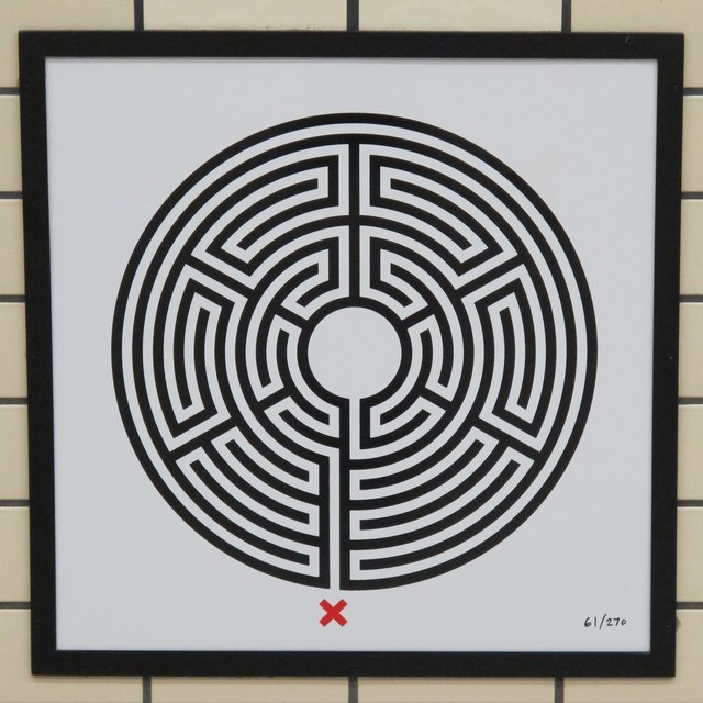 Piccadilly Circus tube station - Labyrinth 61