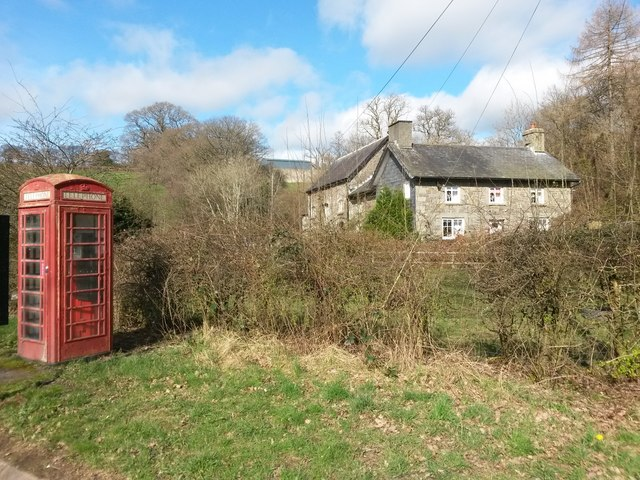 Argoed Mill: telephone box on the A470