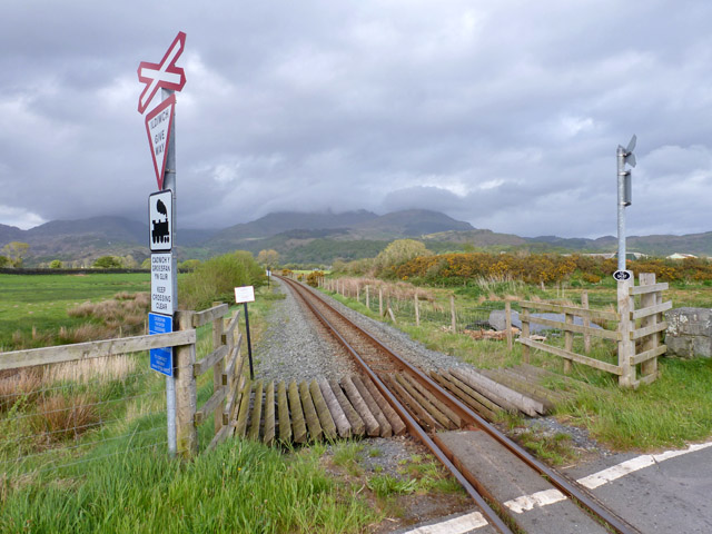 Welsh Highland Railway north of level crossing 54.67