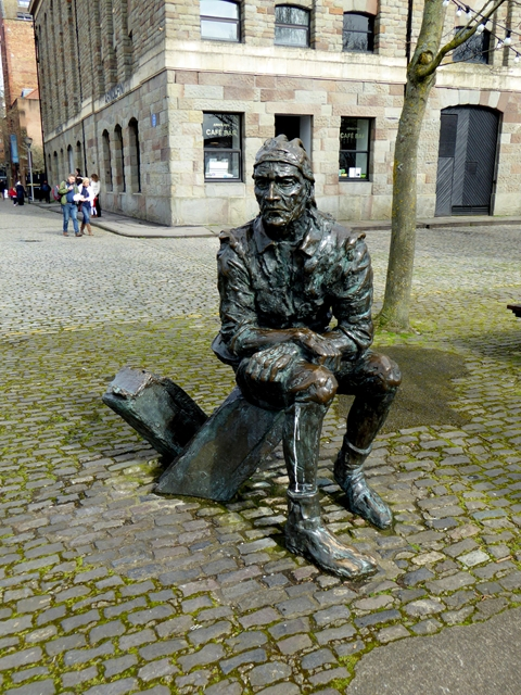 John Cabot statue