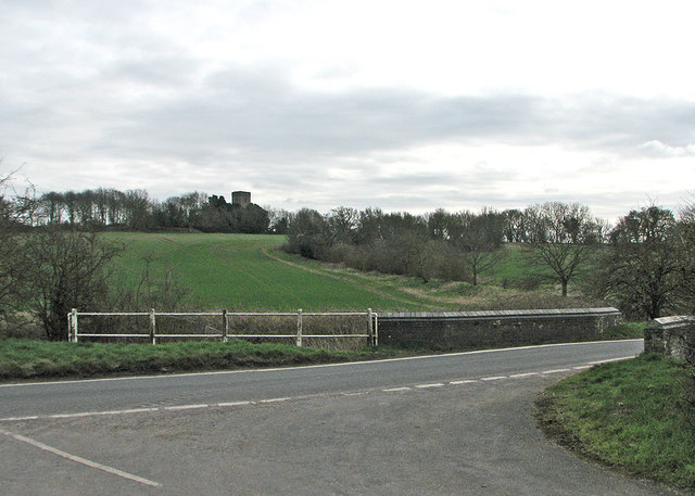 Towards Lidgate church