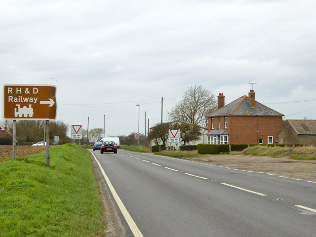 B2075 approaching Hammond's Corner