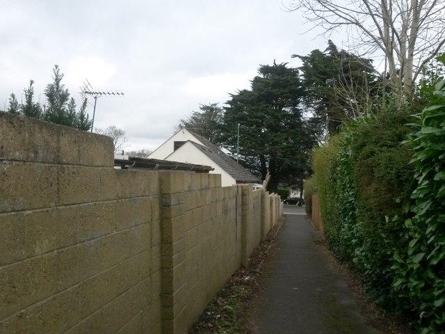 Kinson: northern segment of footpath E21