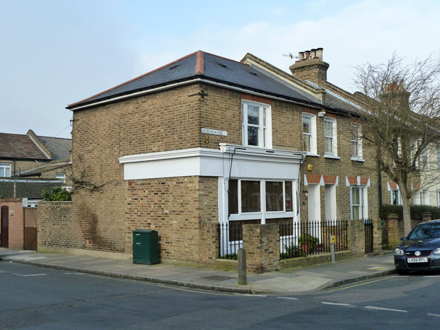 Former corner shop, Hassendean and Lyveden Roads