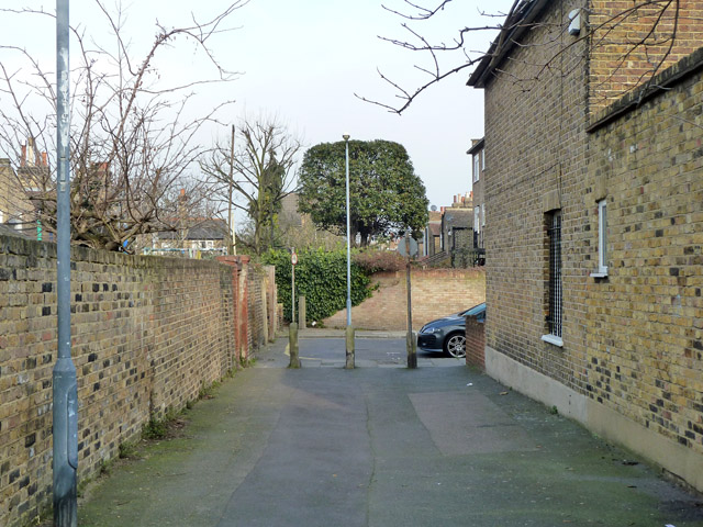 Passage between Lizban Street and Lyveden Road