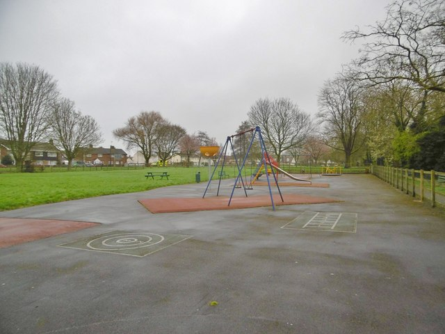 Alveston, play area