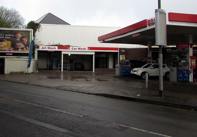 Esso Car Wash Sarnia Vidal