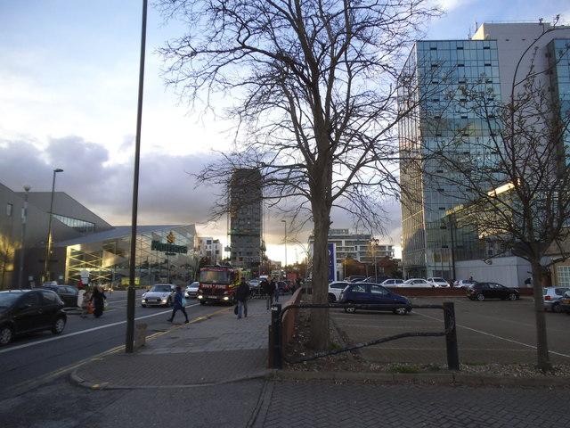 Edgware Road, Colindale