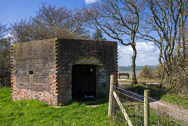 WWII Hampshire: Hayling Island - West Lane pillbox (13)