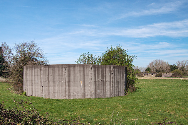 WWII Hampshire: Hayling Island - Northney Heavy Anti-Aircraft Battery (5)