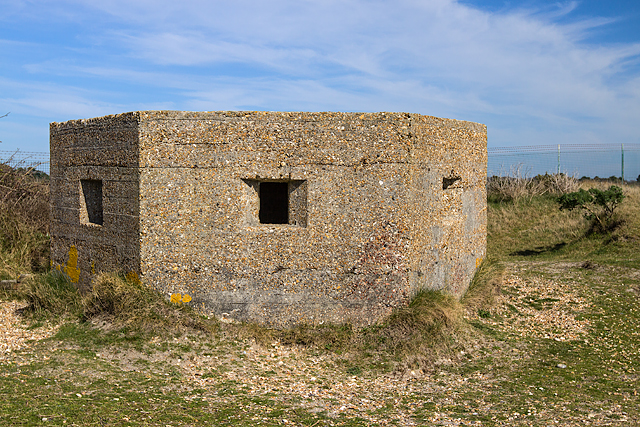 WWII Hampshire: Hayling Island - Sinah Common pillbox no. 2 (26)