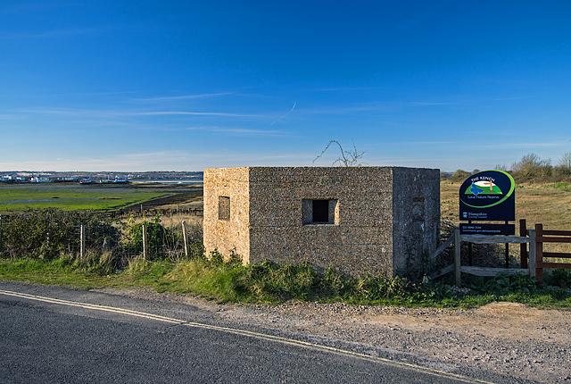 WWII Hampshire: Hayling Island - Sinah Common pillbox no. 4 (31)