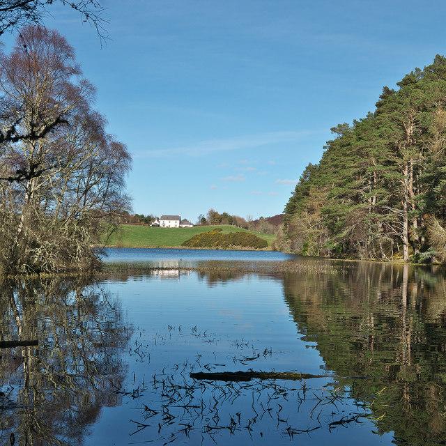 Loch Lundie and Pitlundie