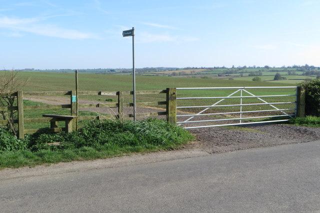 Footpath towards Helmdon