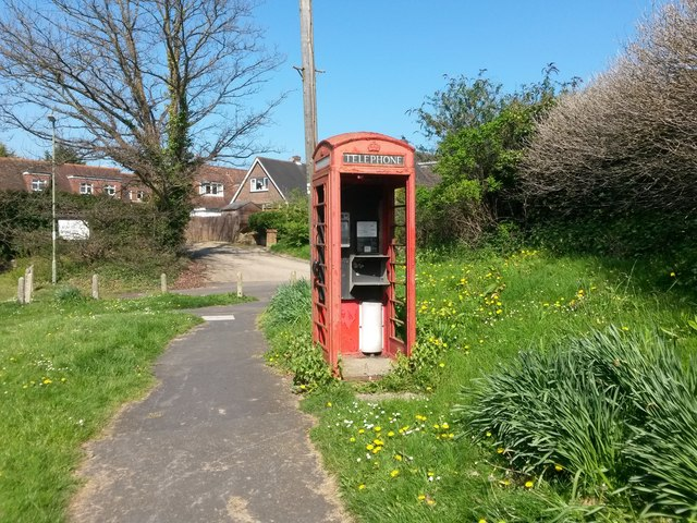 Fareham: forlorn phone box on Catisfield Lane corner