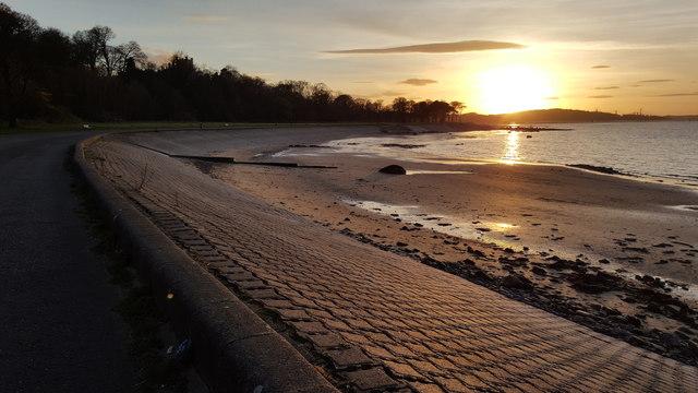 Setting sun from promenade near Muirhouse
