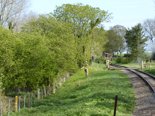 Railway approaching Ashey station