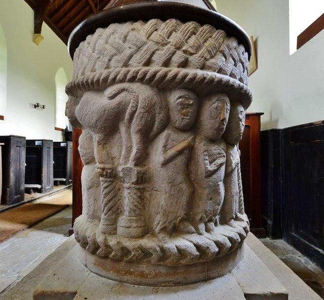 Toller Fratrum: St. Basil's Church: Norman font