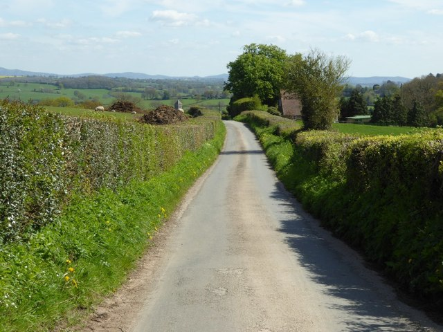 Road into Pencombe
