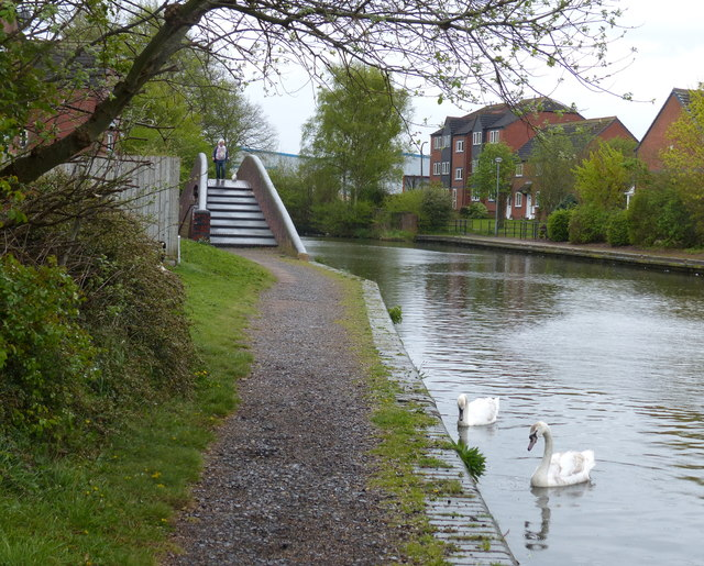 Towpath along the Birmingham Canal in Tipton