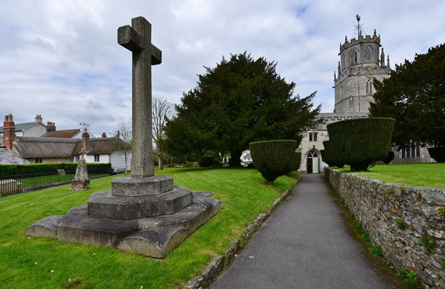 Colyton: St. Andrews Church