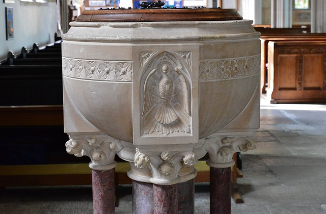 Colyton, St. Andrews Church: The late c19th font 2