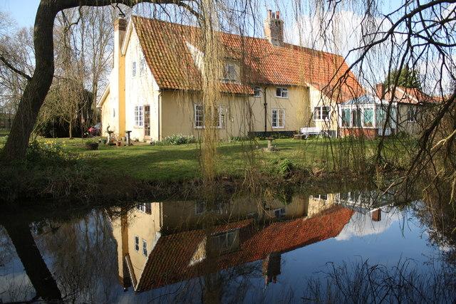 River Farm, Earsham