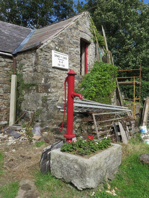Old water pump and trough at Llwydiarth Esgob Farm, Llanerchymedd