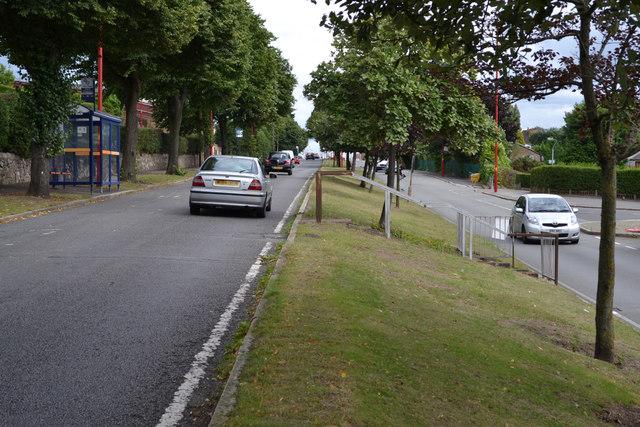 Split-level stretch of King's Road, between Kingstanding and New Oscott, Birmingham