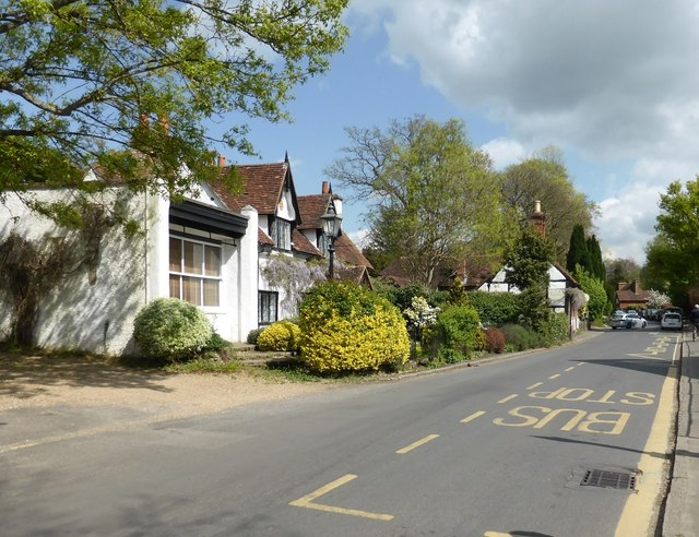 Gomshall Lane, Shere